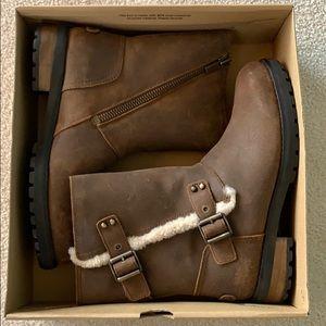 Women's Ugg W Niels II boots. Size 10